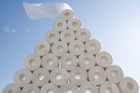 Vị giám đốc tích trữ hàng triệu cuộn giấy vệ sinh: Lý do bất ngờ