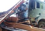 Xe ben tông sập nhà dân lúc rạng sáng, 2 vợ chồng tử nạn