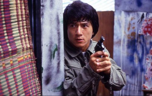 Ngô Kinh bị đạn bắn, dao chém, Thành Long rơi từ tầng 20 vì điều này