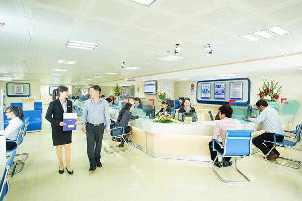 Cuộc đua ngân hàng bán lẻ: Khách hàng mới là người thắng