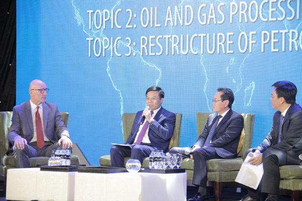Petrovietnam gặp gỡ các nhà thầu, đối tác dầu khí đầu năm