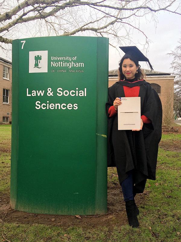'Tự trồng cây sung', cách giành học bổng danh giá nhất nước Anh của cô giáo trẻ