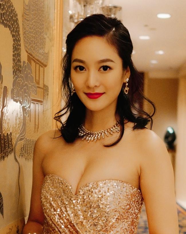 3 Hoa hậu - Á hậu từng bị ép tiếp khách giờ ra sao?