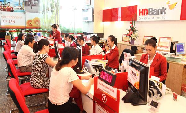 Gửi tiết kiệm HDBank, trúng 1 ký vàng