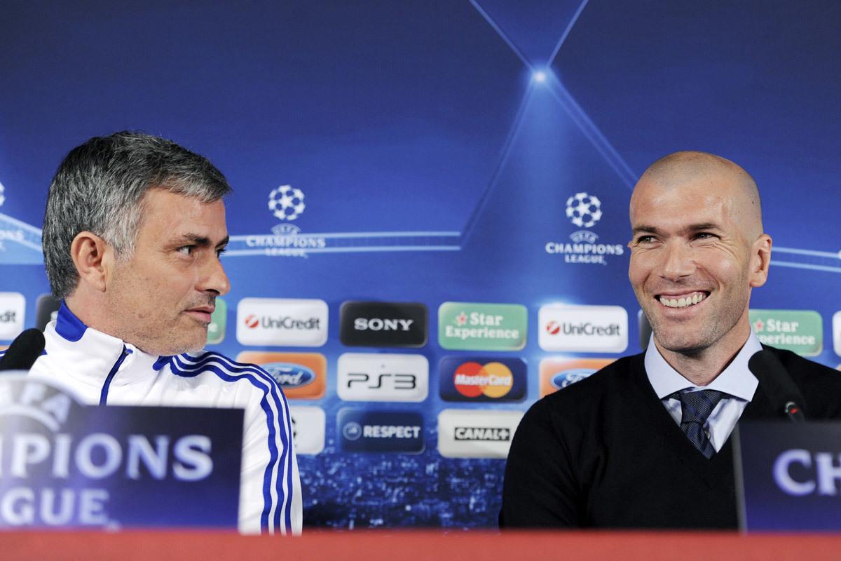 Ander Herrera lộ ý định rời MU, Mourinho chê Zidane