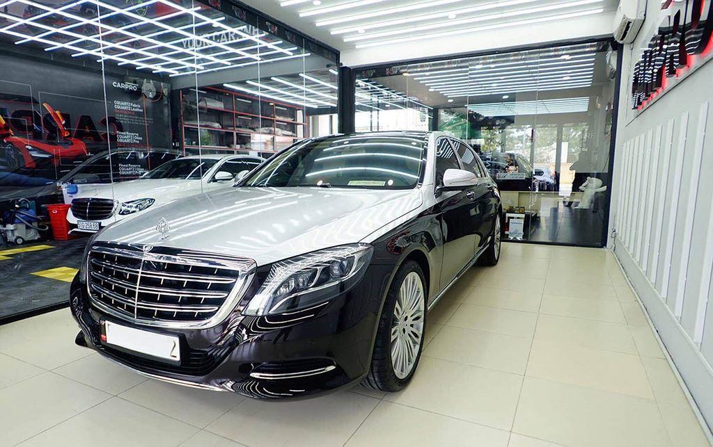 Ngọc Trinh độ Mercedes Maybach S500 11 tỷ đẹp giật mình