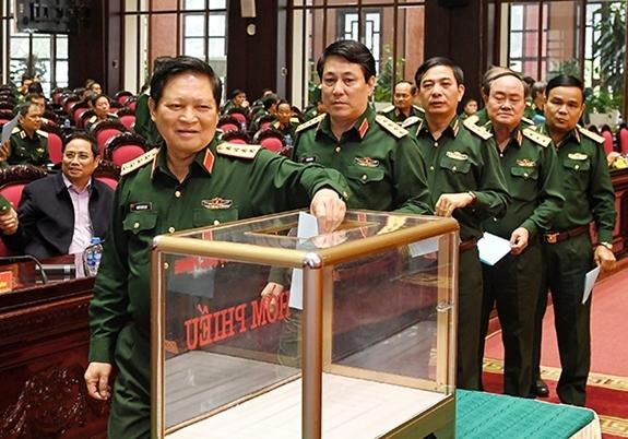 Ngô Xuân Lịch,Đại tướng Ngô Xuân Lịch,Bộ quốc phòng,phiếu tín nhiệm