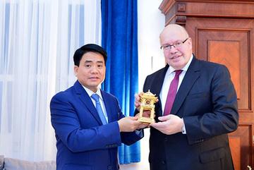 Việt Nam-Đức ký biên bản ghi nhớ hợp tác vận hành các nhà máy nước