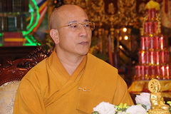 Thầy Thái Minh chùa Ba Vàng chịu hình phạt 'Sám hối Đại Tăng'
