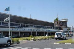 Dính nợ Trung Quốc, phải gán cả sân bay cho người Tàu