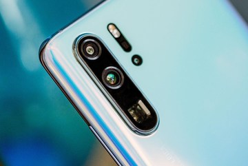 Huawei chính thức ra mắt dòng smartphone 'siêu chụp hình'
