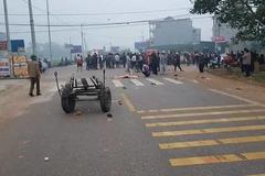 Xe khách tông đoàn đưa tang 7 người chết, hé lộ nguyên nhân
