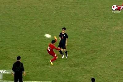 Tuyệt kỹ chuyền bóng của Quang Hải khiến U23 Thái Lan ôm hận