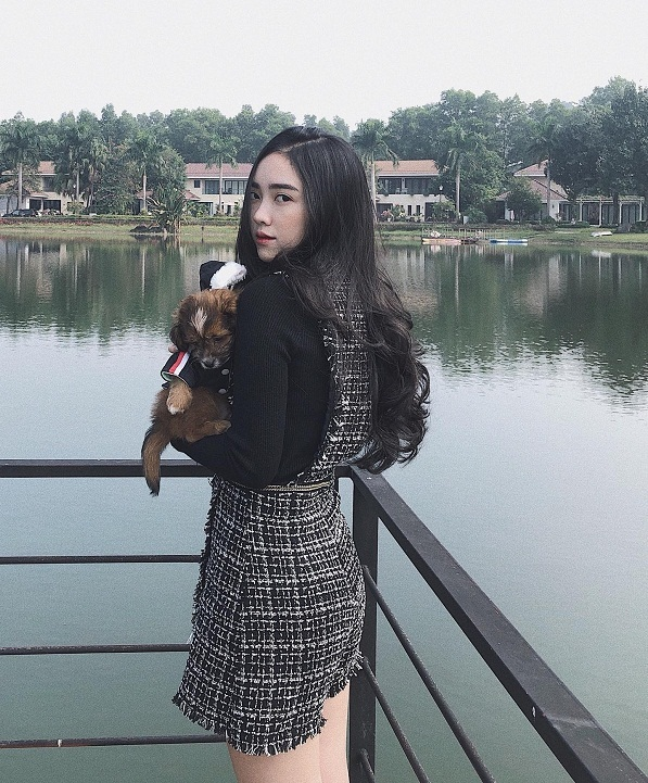 Bạn gái Hà Đức Chinh: Xinh như hot girl, vóc dáng nóng bỏng