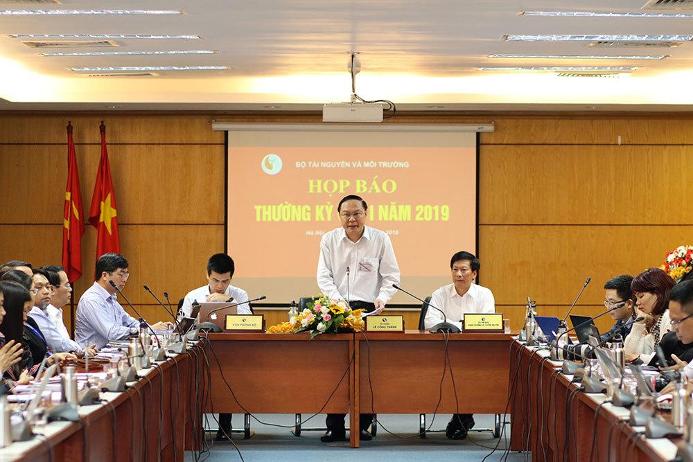 Bộ TN&MT thông tin việc bổ nhiệm em trai Bộ trưởng làm Tổng cục trưởng