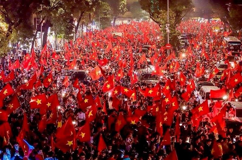 Diễn đàn Vì Việt Nam hùng cường,đổi mới