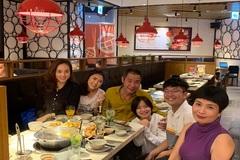 Công Lý tổ chức sinh nhật cho con gái cùng bạn gái và vợ cũ