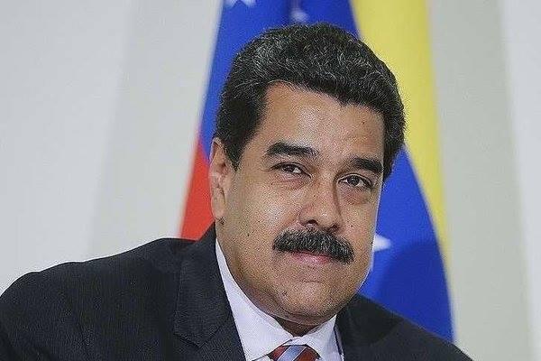 Tổng thống Venezuela cảm ơn Nga, 'hẹn' ký hàng chục thỏa thuận