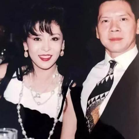 Bà trùm showbiz Hong Kong - mỹ nhân khiến Châu Tinh Trì sợ hãi