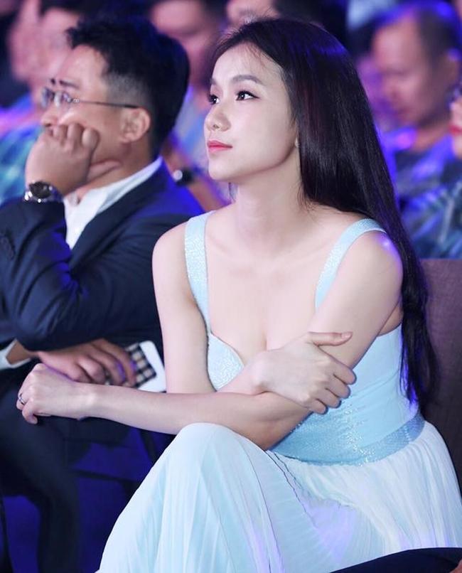 Ngoài Hoàng Thùy Linh, đây là dàn bạn gái cũ đình đám showbiz của Vĩnh Thụy