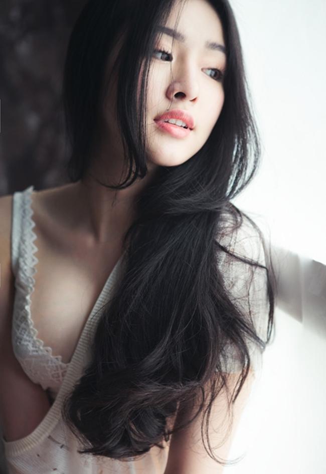 Hoàng Thuỳ Linh