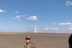 Xem tên lửa 22 tấn của Trung Quốc mất kiểm soát, lao xuống đất
