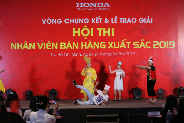 Honda VN trao giải Nhân viên bán hàng xuất sắc 2019