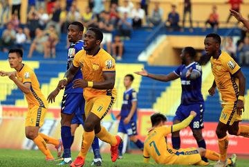 CLB Thanh Hoá suýt bị cấm dự V-League vì nợ tiền