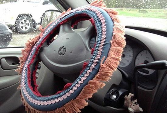 3 vị trí cần tránh khi trang trí đồ chơi trên ô tô