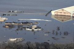 Căn cứ ngập nước, Không quân Mỹ xin 5 tỷ đô để cứu