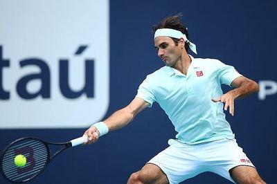 Federer lấy vé bán kết Miami Open dễ như đi dạo