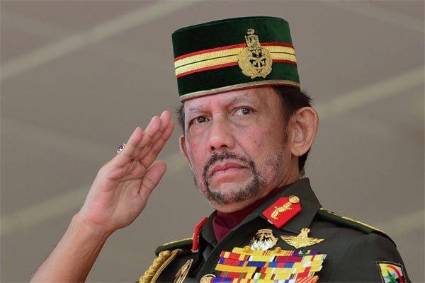 Brunei,ngoại tình,quan hệ đồng tính,tử hình