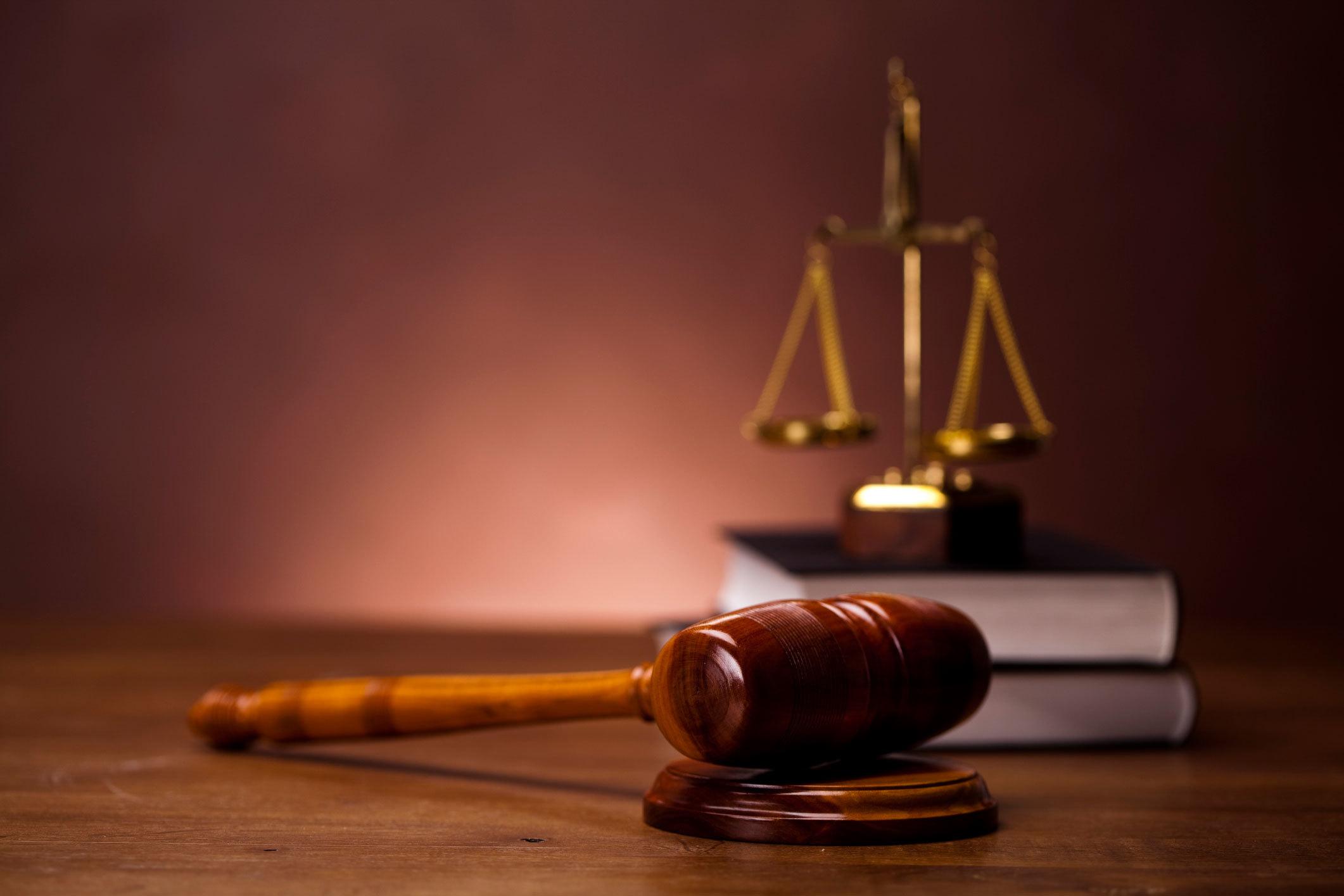 Đặng Lê Nguyên Vũ,Lê Hoàng Diệp Thảo,Ly hôn,Đạo đức,Lợi ích nhóm,Luật pháp