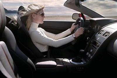 Tư thế ngồi lái ô tô lý tưởng nhất cho các tài xế