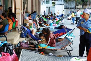 Sài Gòn nắng nóng gay gắt, 10.000 trẻ ồ ạt nhập viện mỗi ngày