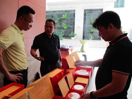 Gom yến sào Việt Nam 100 triệu/kg sang Trung Quốc bán 500 triệu/kg