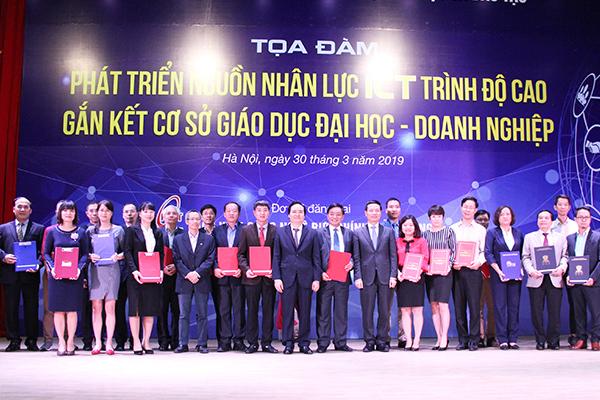 Bộ trưởng Nguyễn Mạnh Hùng,ICT,Bộ TT&TT