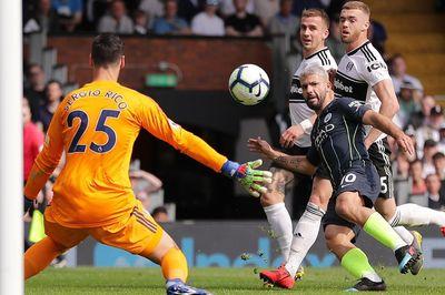 Thắng dễ Fulham, Man City khiêu chiến Liverpool