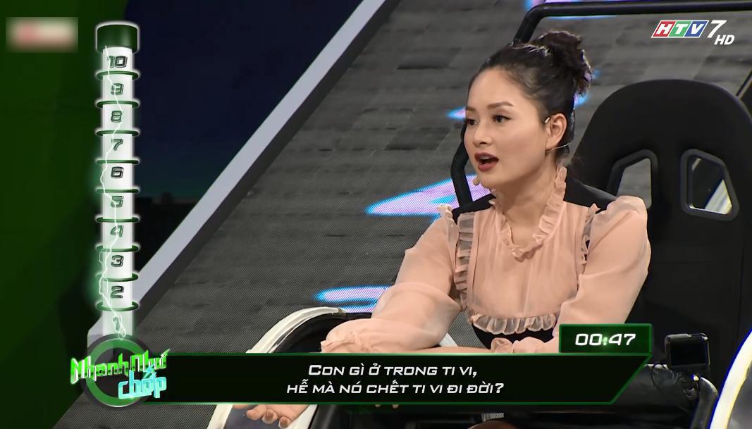 Vinh Râu 'nóng mặt' vì Lương Minh Trang nhận 0 điểm ở 'Nhanh như chớp'