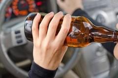 Xe Volvo phát hiện được tài xế say xỉn