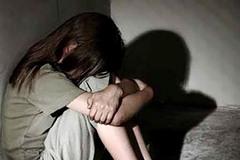 Nghi vấn cha đẻ cưỡng dâm con gái suốt 4 năm