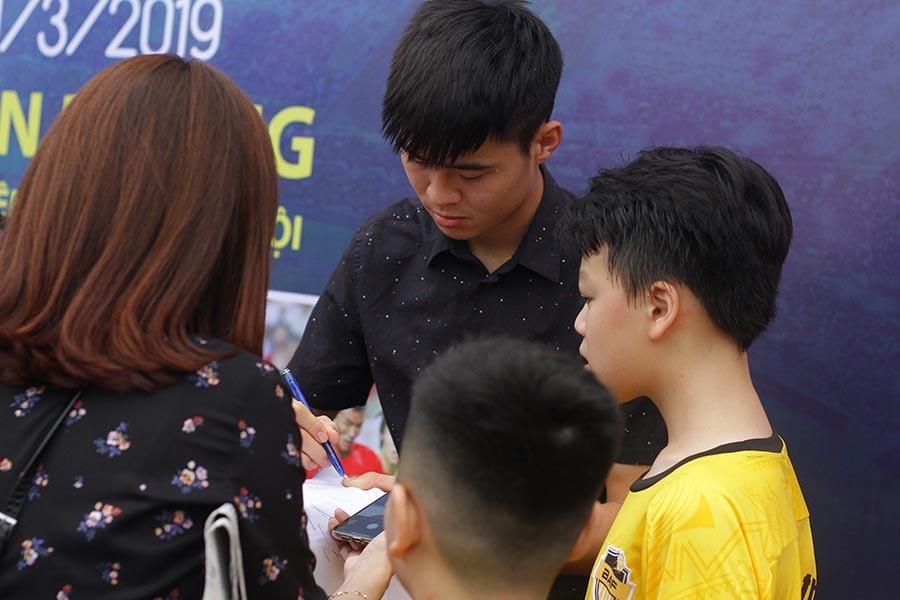 tuyển Việt Nam,Mai Tiến Thành,Đoàn Văn Hậu,Bùi Tiến Dũng