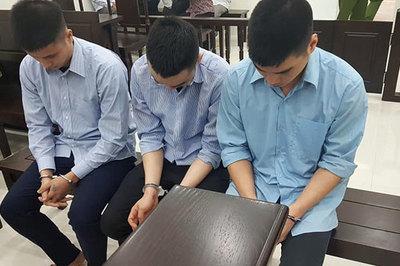 Hà Nội: 3 tài xế taxi quây đánh người lái xe ba gác đến chết