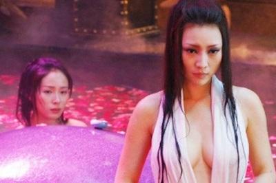 Mỹ nhân Trung Quốc 'hy sinh' thế nào cho những cảnh tắm bỏng mắt?