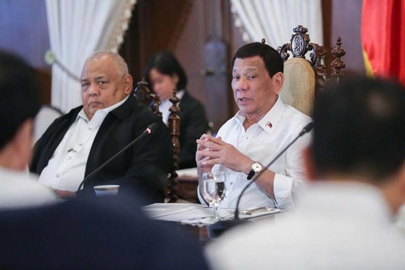 Philippines,Tổng thống Duterte,hợp đồng chính phủ