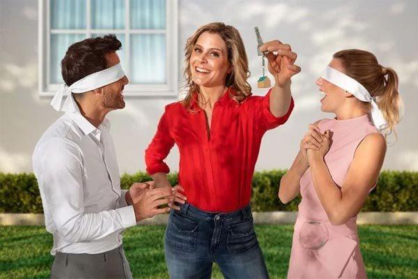 Truyền hình thực tế gây sốc vì đòi người chơi giao tiền cho người lạ mua nhà