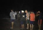 Thi thể 2 phụ nữ quấn chặt dây thừng dạt bờ biển Hà Tĩnh