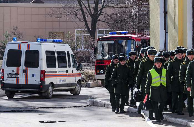 Hình ảnh vụ nổ tại học viện quân sự St. Petersburg