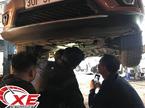 Ô tô Nissan X-Trail tiền tỷ bị chảy dầu, nhiều khách bức xúc