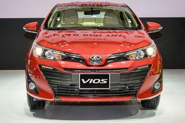 Mua xe mới nào tầm 600 triệu tại Việt Nam